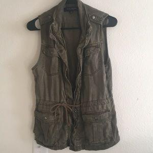 Zip up army green vest